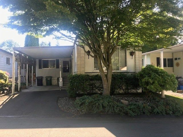Main Photo: 282 1840 160 Street in Surrey: King George Corridor Manufactured Home for sale (South Surrey White Rock)  : MLS®# R2479661