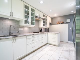 """Photo 8: 3750 NICO WYND Drive in Surrey: Elgin Chantrell Townhouse for sale in """"NICO WYND ESTATES"""" (South Surrey White Rock)  : MLS®# R2604954"""