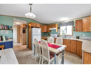 """Photo 9: 38 15875 20 Avenue in Surrey: King George Corridor Manufactured Home for sale in """"Sea Ridge Bays"""" (South Surrey White Rock)  : MLS®# R2616813"""