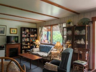 Photo 3: 1950 Shingle Spit Rd in HORNBY ISLAND: Isl Hornby Island House for sale (Islands)  : MLS®# 787572