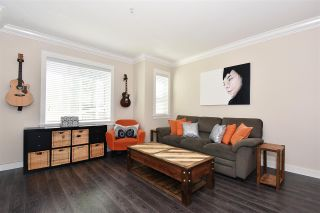 Photo 2: 1386 E 27TH AVENUE in Vancouver: Knight Townhouse for sale (Vancouver East)  : MLS®# R2074490