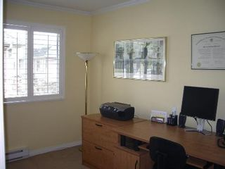 Photo 53: BEAUTIFULLY RENOVATED 3-BR TOWNHOUSE!