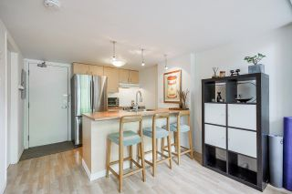 """Photo 13: 518 22 E CORDOVA Street in Vancouver: Downtown VE Condo for sale in """"Van Horne"""" (Vancouver East)  : MLS®# R2600370"""