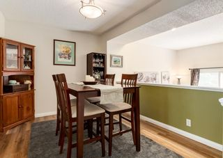 Photo 7: 19 Coachway Green SW in Calgary: Coach Hill Row/Townhouse for sale : MLS®# A1144999