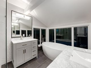 Photo 21: 207 WILLOW RIDGE Place SE in Calgary: Willow Park Detached for sale : MLS®# C4302398