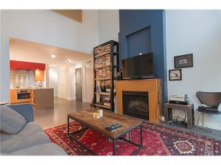 "Photo 2: 101 1168 RICHARDS Street in Vancouver: Yaletown Townhouse for sale in ""Park Lofts"" (Vancouver West)  : MLS®# V1106212"