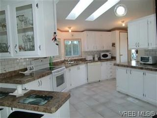 Photo 7: 611 2850 Stautw Rd in SAANICHTON: CS Hawthorne Manufactured Home for sale (Central Saanich)  : MLS®# 557999