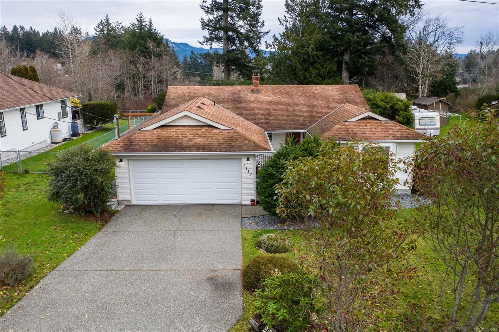 Main Photo: 2117 Amethyst Way in : Sk Broomhill House for sale (Sooke)  : MLS®# 863583
