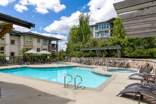 Photo 2: 510 3050 DAYANEE SPRINGS BOULEVARD in Coquitlam: Westwood Plateau Condo for sale : MLS®# R2032786