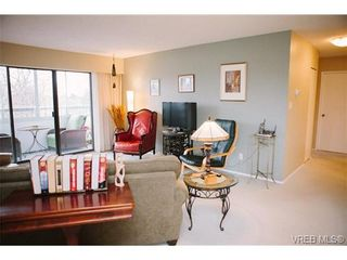 Photo 2: 407 1050 Park Blvd in VICTORIA: Vi Fairfield West Condo for sale (Victoria)  : MLS®# 722013