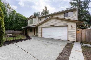 Photo 1: 14320 NORTH BLUFF Road: White Rock House for sale (South Surrey White Rock)  : MLS®# R2440472