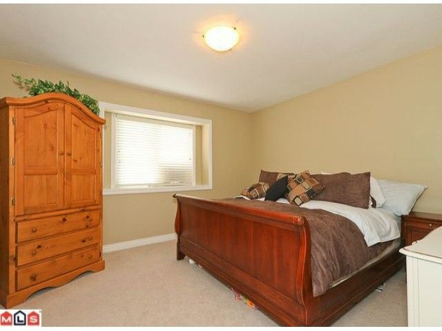 Photo 6: Photos: 7277 144TH Street in Surrey: East Newton House for sale : MLS®# F1120125
