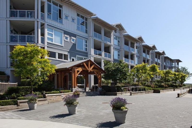 FEATURED LISTING: 109 - 4600 WESTWATER Drive Richmond