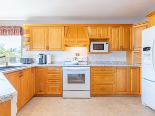 Photo 7: 810 Arrowsmith Way in : PQ French Creek House for sale (Parksville/Qualicum)  : MLS®# 884859
