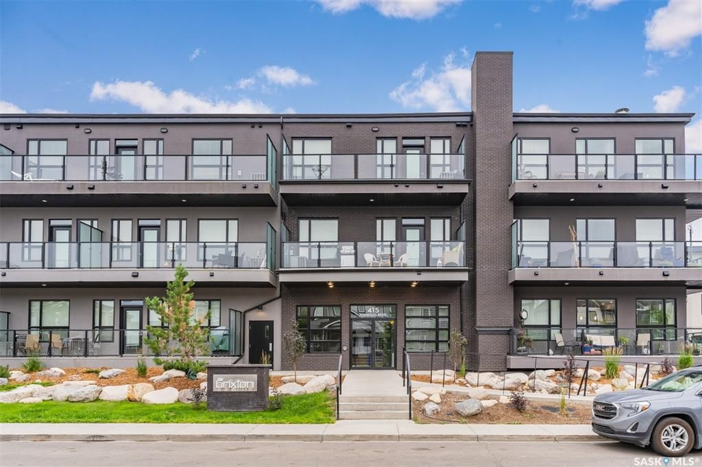Main Photo: 112 415 Maningas Bend in Saskatoon: Evergreen Residential for sale : MLS®# SK865770