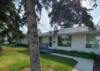 Photo 2: 7215 22 Street SE in Calgary: Ogden Detached for sale : MLS®# A1127784