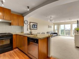 """Photo 2: 317 3082 DAYANEE SPRINGS Boulevard in Coquitlam: Westwood Plateau Condo for sale in """"The Lanterns"""" : MLS®# R2616558"""
