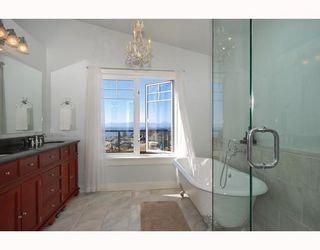 "Photo 10: 6344 SAMRON Road in Sechelt: Sechelt District House for sale in ""WEST SECHELT"" (Sunshine Coast)  : MLS®# V760674"