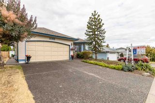 Photo 5: 5683 GILLIAN Place in Chilliwack: Vedder S Watson-Promontory House for sale (Sardis)  : MLS®# R2603235