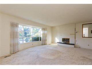 Photo 3: 1206 Highrock Ave in VICTORIA: Es Rockheights House for sale (Esquimalt)  : MLS®# 655178