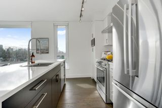 Photo 8: PH2 238 W BROADWAY Street in Vancouver: Mount Pleasant VW Condo for sale (Vancouver West)  : MLS®# R2549036