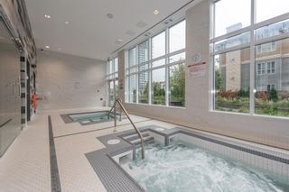 """Photo 19: 3003 4900 LENNOX Lane in Burnaby: Metrotown Condo for sale in """"THE PARK METROTOWN"""" (Burnaby South)  : MLS®# R2418432"""