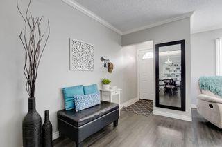 Photo 3: 2117 + 2119 4 AV NW in Calgary: West Hillhurst House for sale : MLS®# C4238056