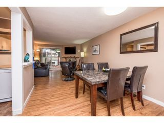"""Photo 8: 10531 HOLLY PARK Lane in Surrey: Guildford Townhouse for sale in """"HOLLY PARK LANE"""" (North Surrey)  : MLS®# R2147163"""