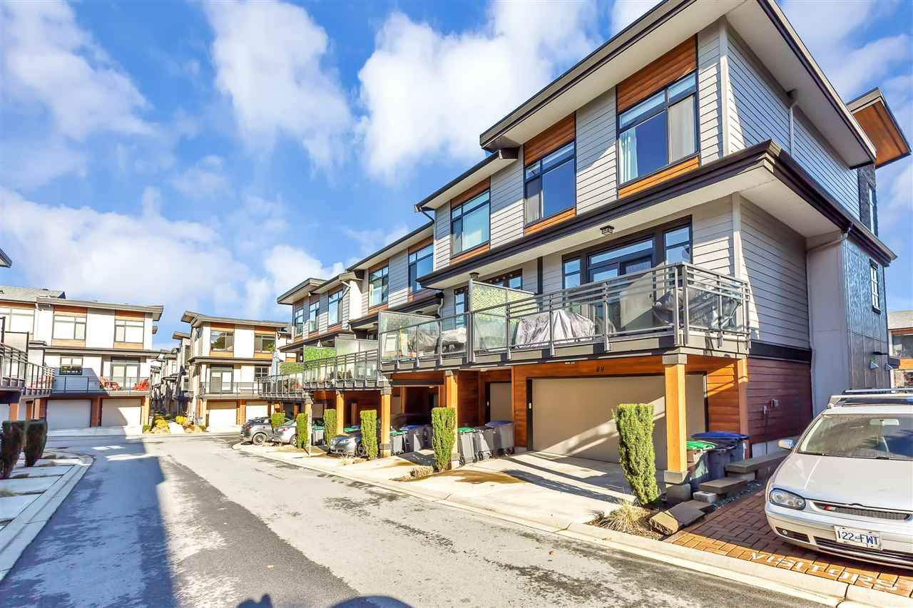 """Main Photo: 89 16488 64 Avenue in Surrey: Cloverdale BC Townhouse for sale in """"Harvest at Bose Farm"""" (Cloverdale)  : MLS®# R2537082"""