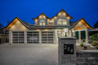 Photo 1: 254 FINNIGAN Street in Coquitlam: Central Coquitlam House for sale : MLS®# R2480367