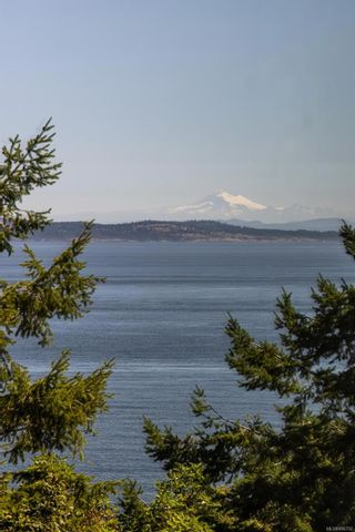 Photo 27: 2201 2829 Arbutus Rd in : SE Ten Mile Point Condo for sale (Saanich East)  : MLS®# 886792