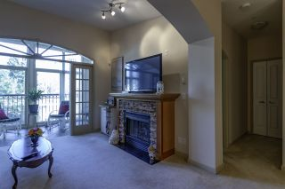 """Photo 13: 404 33485 SOUTH FRASER Way in Abbotsford: Central Abbotsford Condo for sale in """"CITADEL RIDGE"""" : MLS®# R2320305"""