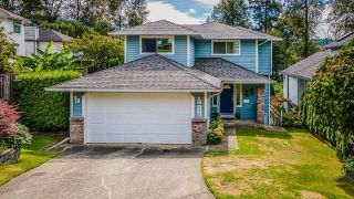 Photo 2: 626 BENTLEY Road in Port Moody: North Shore Pt Moody House for sale : MLS®# R2613182