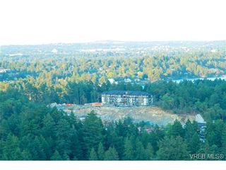 Photo 1: 207 286 Wilfert Rd in VICTORIA: VR Six Mile Condo for sale (View Royal)  : MLS®# 647960