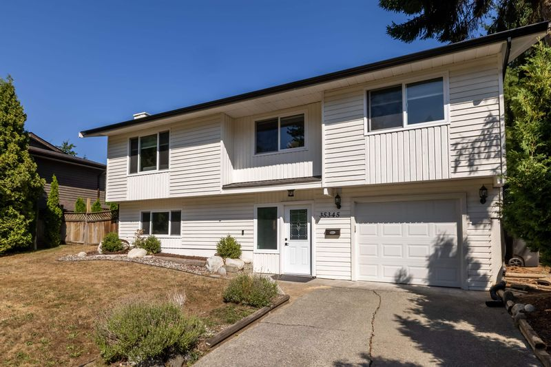FEATURED LISTING: 35345 SELKIRK Avenue Abbotsford