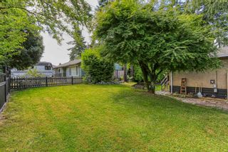 """Photo 18: 15084 RAVEN Place in Surrey: Bolivar Heights House for sale in """"birdland"""" (North Surrey)  : MLS®# R2380591"""