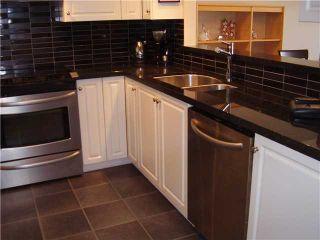 "Photo 2: 206 3128 FLINT Street in Port Coquitlam: Glenwood PQ Condo for sale in ""FRASER COURT TERRACE"" : MLS®# V884499"