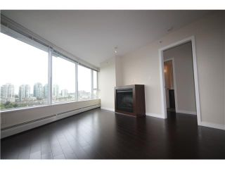 Photo 6: # 909 688 ABBOTT ST in Vancouver: Downtown VW Condo  (Vancouver West)  : MLS®# V1024384
