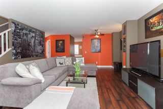 """Photo 4: 41 15450 101A Avenue in Surrey: Guildford Townhouse for sale in """"CANTERBURY"""" (North Surrey)  : MLS®# R2149046"""