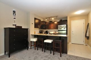 Photo 5: 411 11665 HANEY BYPASS in Maple Ridge: East Central Condo for sale : MLS®# R2263527