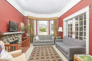 Photo 4: 311 W 14TH Street in North Vancouver: Central Lonsdale House for sale : MLS®# R2557751