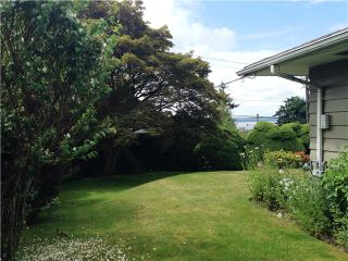 """Photo 5: 2095 MATHERS Avenue in West Vancouver: Ambleside House for sale in """"AMBLESIDE"""" : MLS®# V1078754"""