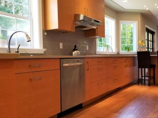 Photo 11: 335 Windemere Pl in CAMPBELL RIVER: CR Campbell River Central House for sale (Campbell River)  : MLS®# 837796