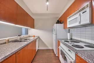 """Photo 11: 1301 1288 ALBERNI Street in Vancouver: West End VW Condo for sale in """"Palisades"""" (Vancouver West)  : MLS®# R2614069"""