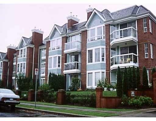Main Photo: 303 - 1695 Augusta Avenue in Burnaby: Simon Fraser Univer. Condo for sale (Burnaby North)  : MLS®# V780603