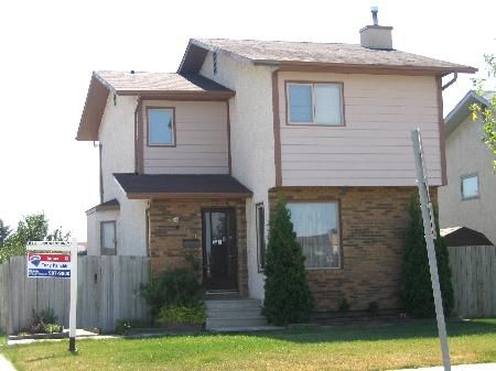 Main Photo: 1540 Leila Ave.: Residential for sale (Maples)  : MLS®# 2612516