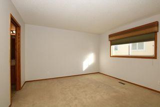 Photo 17: 22 WEST COPITHORNE Place: Cochrane House for sale : MLS®# C4121744