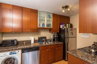 Photo 3: HILLCREST Condo for sale : 1 bedrooms : 339 W University Ave #B in San Diego