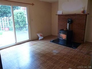 Photo 5: 6721 Eakin Dr in SOOKE: Sk Broomhill House for sale (Sooke)  : MLS®# 602459