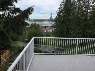 """Photo 13: 11380 RIVER Road in Surrey: Royal Heights House for sale in """"ROYAL HEIGHTS"""" (North Surrey)  : MLS®# R2423198"""